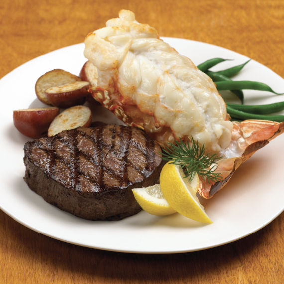 Gift Box: 2 Filets & 2 Lobster Tails - 24 oz - With Wine